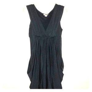 Dresses - Gray sleeveless dress